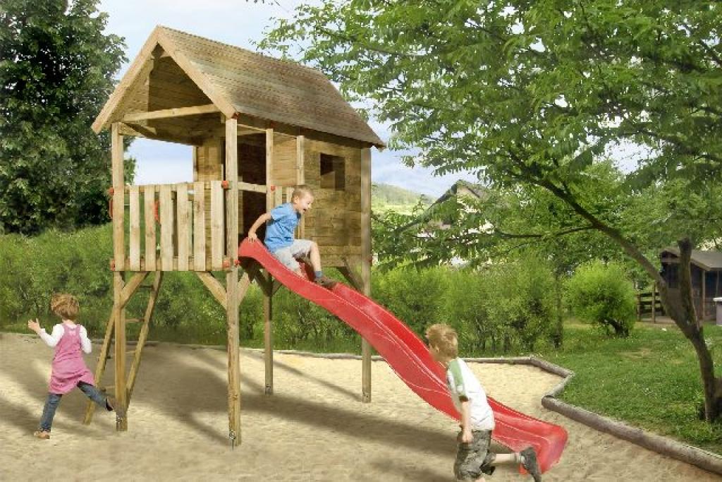 Gyerek játszótér építés fából -