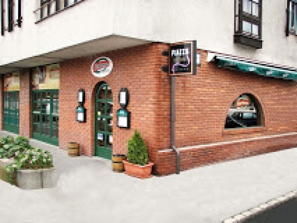 étterem külső -