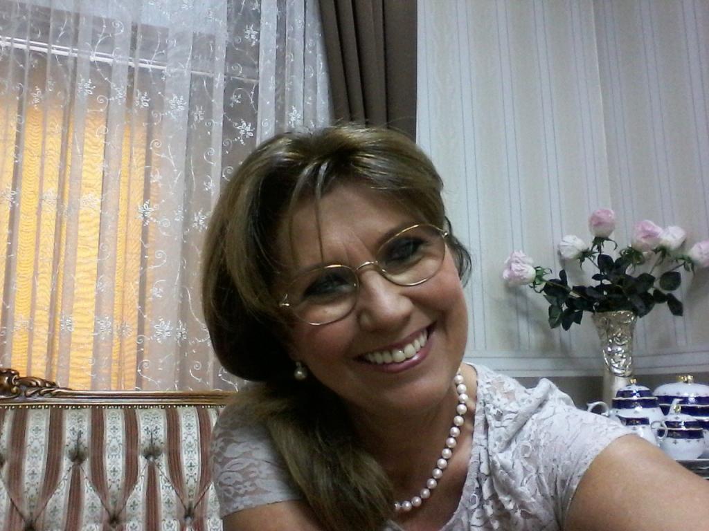 dr.Perendi Zsuzsanna -